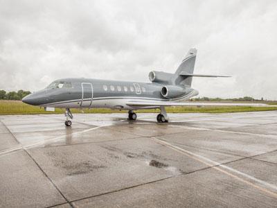 Falcon 900 LX Jet